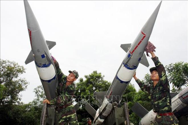 Bộ đội Tên lửa tiến thẳng lên hiện đại - Ảnh 4.