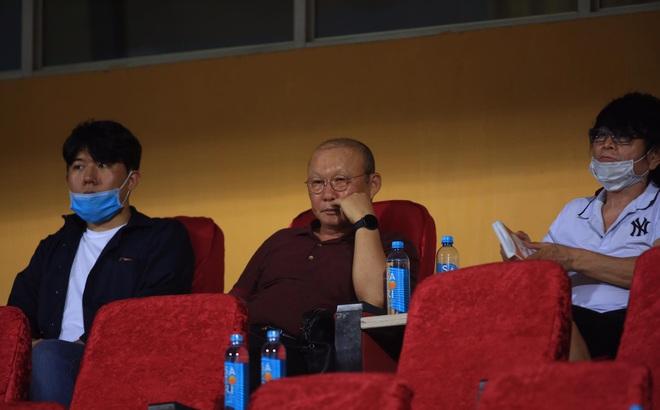 """Hai trò cưng """"gieo mối lo"""" cho thầy Park sau cuộc chiến kiệt sức ở Hàng Đẫy"""