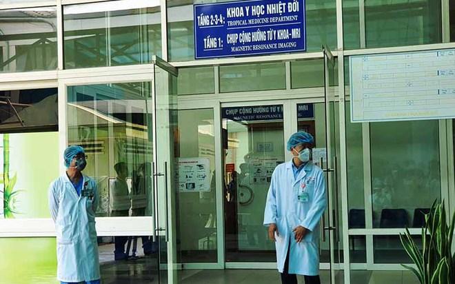 Bộ Y tế tiến hành biện pháp phòng chống dịch Covid-19 chưa từng áp dụng tại Đà Nẵng - Ảnh 1.
