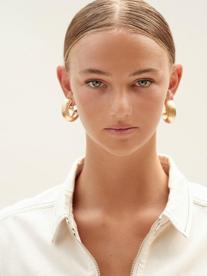 Bạn gái con trai David Beckham: Vừa tròn 18 tuổi, vẻ ngoài nóng bỏng cuốn hút - Ảnh 4.
