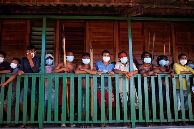 Vì sao ở Brazil lại có những bệnh viện nổi giúp điều trị người nhiễm virus Corona? - Ảnh 2.
