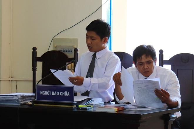 Vụ chủ tịch xã kêu oan: Tòa đề nghị hủy... bản án chính mình tuyên - Ảnh 2.