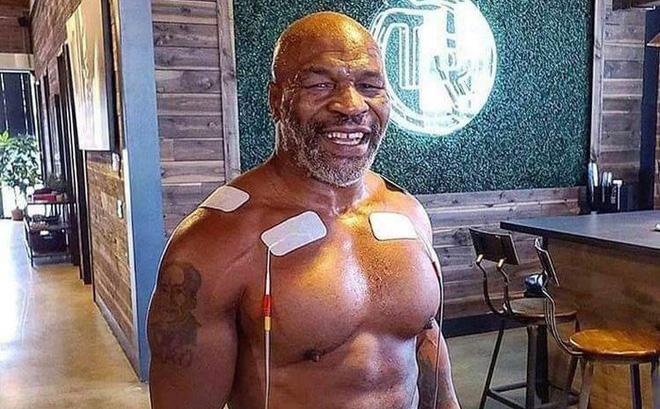 NÓNG: Huyền thoại Mike Tyson chính thức tái xuất ở tuổi 54, chạm trán với một đối thủ cực kỳ khó chơi