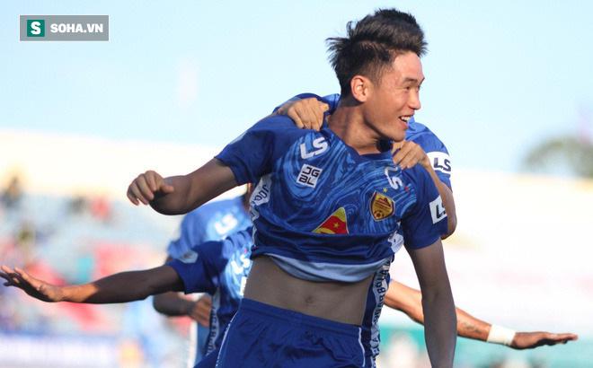 Trung vệ U23 VN lập siêu phẩm, đội bét bảng suýt tạo ra cú sốc trước đội dẫn đầu V.League