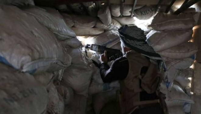 Mỹ tố Nga hành động bất thường ở Libya - Israel tấn công một loạt căn cứ quân sự của Syria: Biên giới phía Nam rực lửa! - Ảnh 1.
