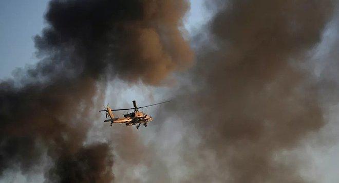 Một loạt tiền đồn quân sự Syria bị tấn công trong đêm: Biên giới phía Nam rực lửa! - Ảnh 1.