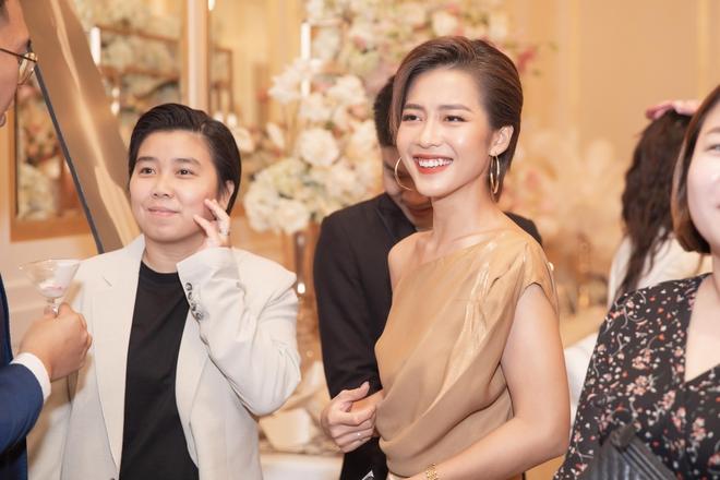 Trương Ngọc Ánh xinh đẹp bên bạn trai tin đồn tại đám cưới á hậu Thúy Vân - Ảnh 4.