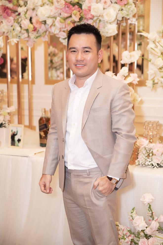 Trương Ngọc Ánh xinh đẹp bên bạn trai tin đồn tại đám cưới á hậu Thúy Vân - Ảnh 6.
