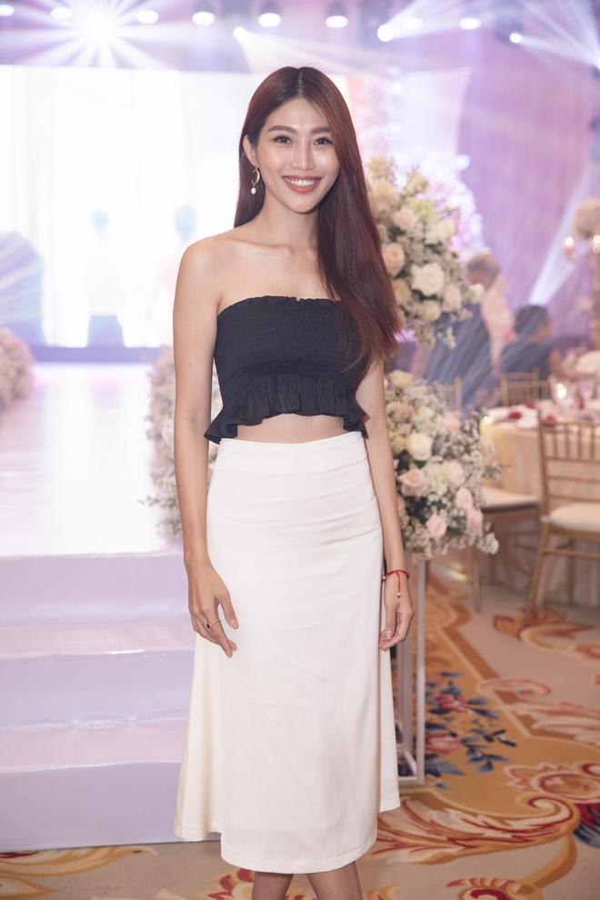 Trương Ngọc Ánh xinh đẹp bên bạn trai tin đồn tại đám cưới á hậu Thúy Vân - Ảnh 8.