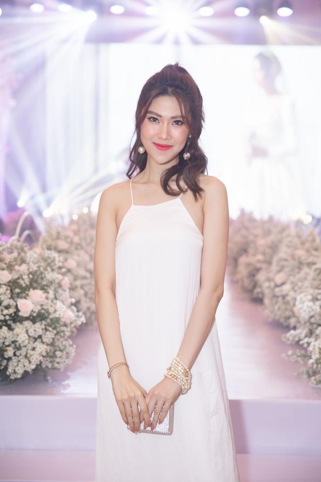 Trương Ngọc Ánh xinh đẹp bên bạn trai tin đồn tại đám cưới á hậu Thúy Vân - Ảnh 9.