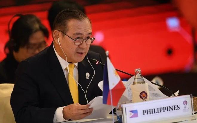 Trung Quốc cố gắng lấy lòng Philippines trong vụ Biển Đông mới đây - Ảnh 2.