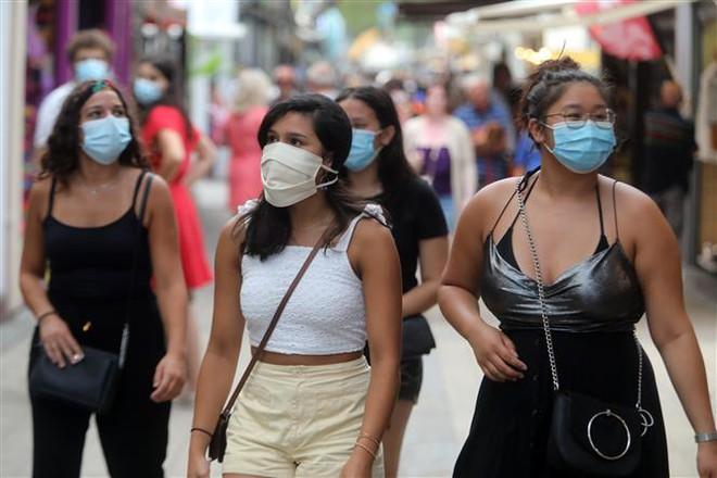 COVID-19 tới 6 giờ sáng 25/7: Thế giới gần 16 triệu ca mắc dịch bệnh, Mỹ tiếp tục lập kỷ lục mới - Ảnh 6.