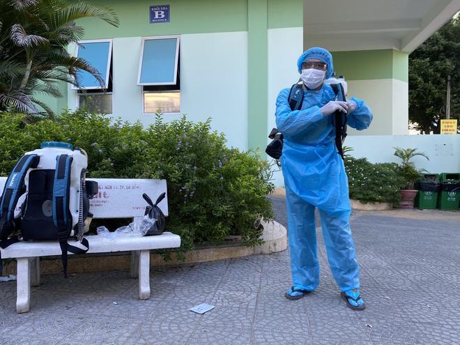 [Ảnh] Cận cảnh ngành y tế Đà Nẵng chạy đua ngăn Covid-19 lây lan trong cộng đồng - Ảnh 3.