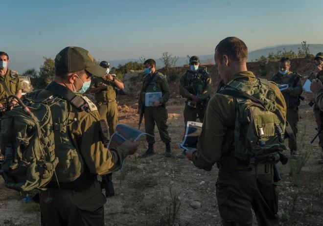 UAV Israel rơi, Quân đội Do Thái báo động chiến đấu cao - Tin mới nhất vụ F-15 Mỹ chặn kích máy bay Iran ở Syria - Ảnh 1.
