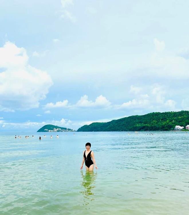 Hình ảnh bikini hiếm hoi của MC Thảo Vân - Ảnh 4.