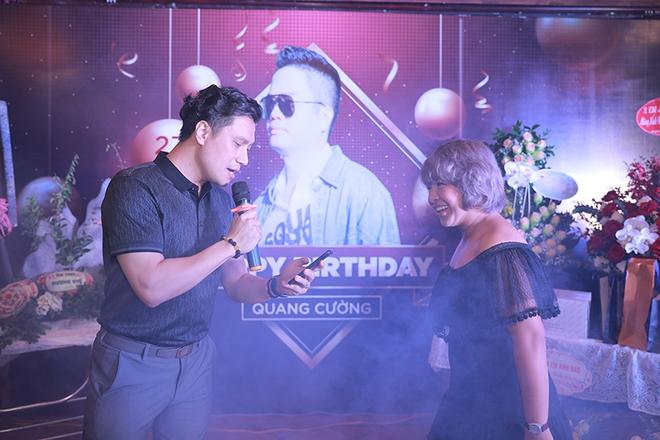 Quang Hà chi hơn 100 triệu đồng tổ chức sinh nhật cho ông bầu Quang Cường - Ảnh 6.