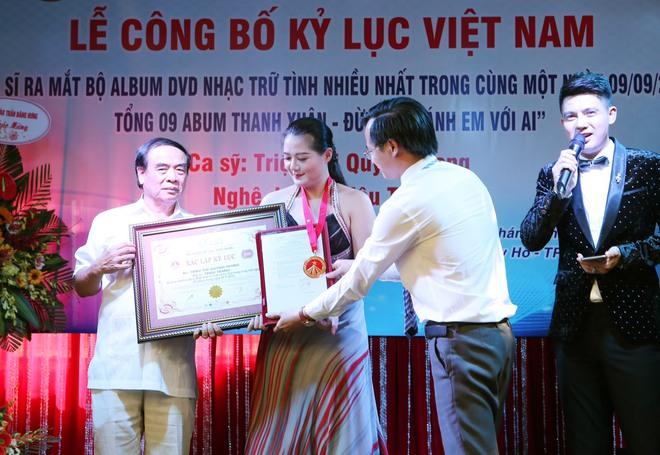 Ca sĩ Triệu Trang: Người hâm mộ tặng tôi một căn nhà và làm thủ tục sang tên luôn - Ảnh 3.