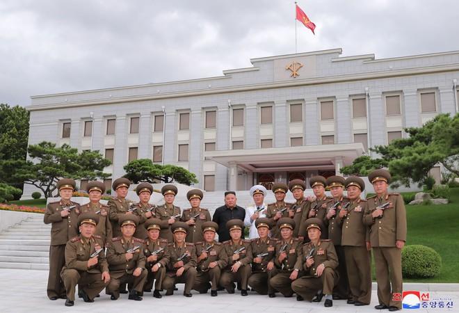 Chủ tịch Triều Tiên nhấn mạnh tầm quan trọng của răn đe hạt nhân với vận mệnh quốc gia - Ảnh 1.