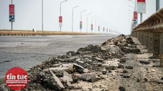 Cầu Thăng Long trong ngày đầu cấm lưu thông - Ảnh 5.