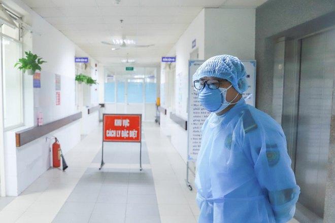 Hành trình dịch tễ của 8 bệnh nhân Covid-19 ở Đà Nẵng công bố mới nhất - Ảnh 2.