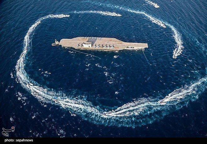 Dùng cả vệ tinh để đánh tàu sân bay, Iran một lần nữa khiến Mỹ choáng váng! - Ảnh 1.