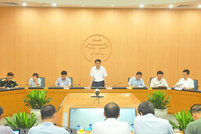 Chủ tịch Nguyễn Đức Chung: Test nhanh Covid-19 hơn 21.000 người về từ Đà Nẵng - Ảnh 2.