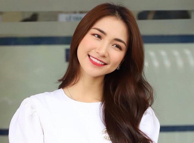 Ca sĩ Hòa Minzy bị ph.ạt 7,5 triệu đồng vì chia sẻ tin giả lên mạng xã hội - Ảnh 1.