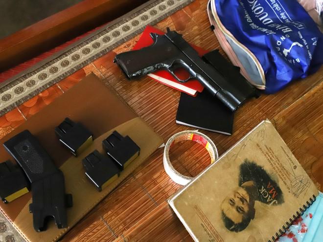 Băng nhóm xã hội đen dùng vũ khí nóng chuyên thu phí bảo kê cơ sở kinh doanh và chân dài - Ảnh 5.