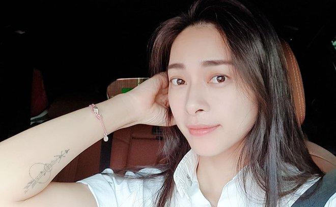 Gương mặt trẻ trung, làn da không tỳ vết của Ngô Thanh Vân ở tuổi 41 - Ảnh 5.