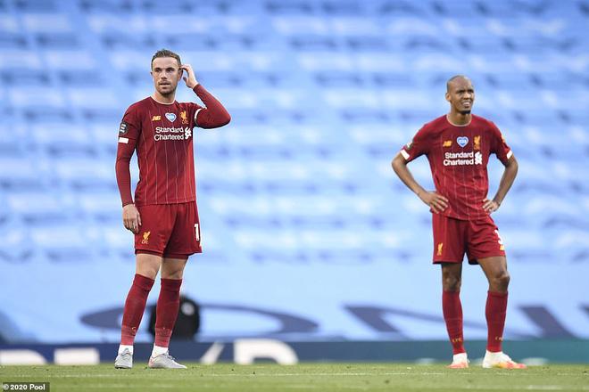 Ngạo nghễ với chức vô địch, Liverpool bị Man City đá cho xây xẩm mặt mày trong mưa bàn thắng - Ảnh 2.