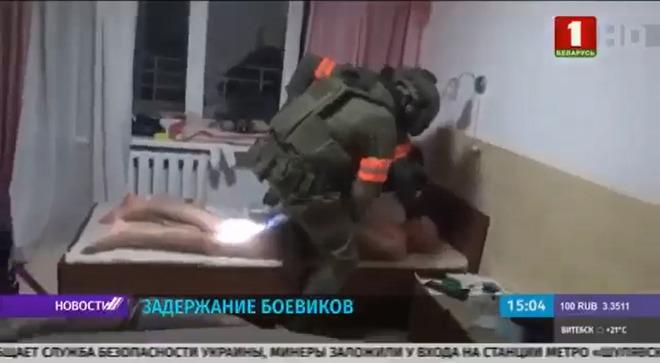 Cáo buộc can thiệp bầu cử, an ninh Belarus đột kích 32 chiến binh Nga: TT Lukashenko đòi Moskva giải thích - Ảnh 2.