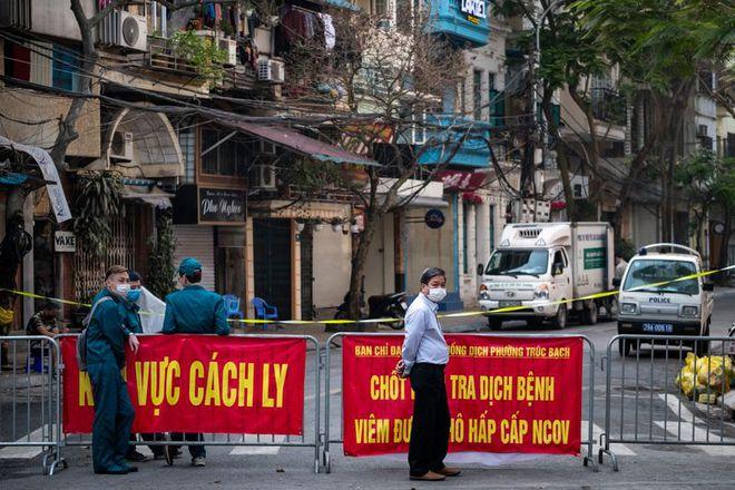 Bloomberg: Việt Nam chống COVID-19 hiệu quả bằng chiến lược Mỹ có nhưng ông Trump quên - Ảnh 1.