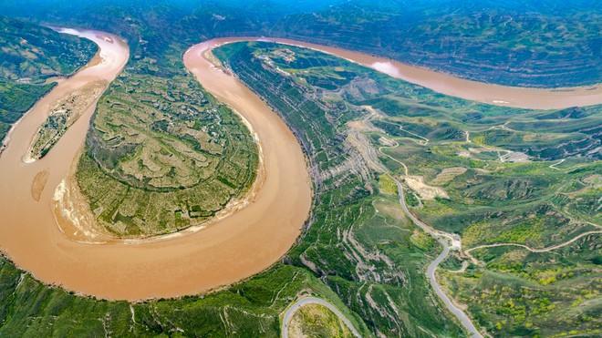 Nước sông Hoàng Hà kỳ lạ nhất trong 500 năm, chuyên gia cảnh báo nguy cơ thảm khốc cho Trung Quốc - Ảnh 2.