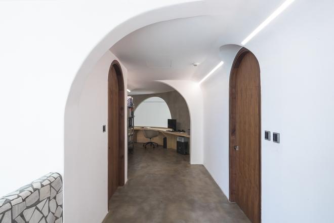 Chiêm ngưỡng căn nhà với lối thiết kế đương đại độc đáo tại Tp.HCM - Ảnh 6.