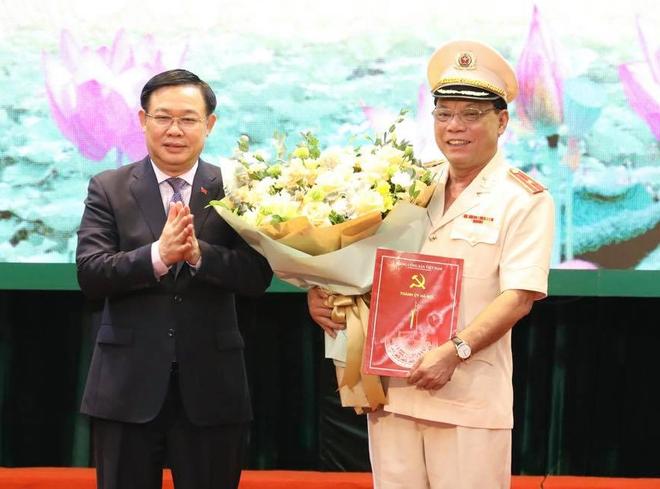 Tân Giám đốc Công an Hà Nội, Thiếu tướng Nguyễn Hải Trung phát biểu gì khi nhậm chức? - Ảnh 1.