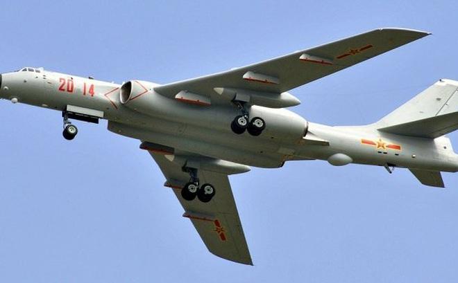 Lộ diện máy bay ném bom mới nhất của Trung Quốc vừa tập trận trên Biển Đông