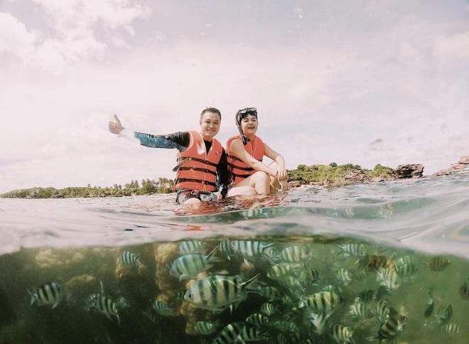 Quang Vinh bất ngờ lên tiếng xin lỗi về sự cố ngồi lên rạn san hô khi quay clip du lịch ở Phú Quốc - Ảnh 1.