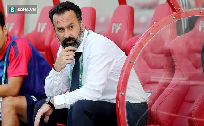 Bị sa thải theo kịch bản nhiều uẩn khúc, HLV châu Âu đòi kiện đội bóng Việt Nam lên FIFA
