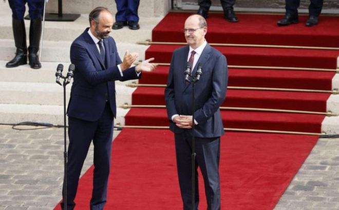 Vừa từ chức, cựu thủ tướng Pháp đối mặt nguy cơ ngồi tù vì dịch Covid-19