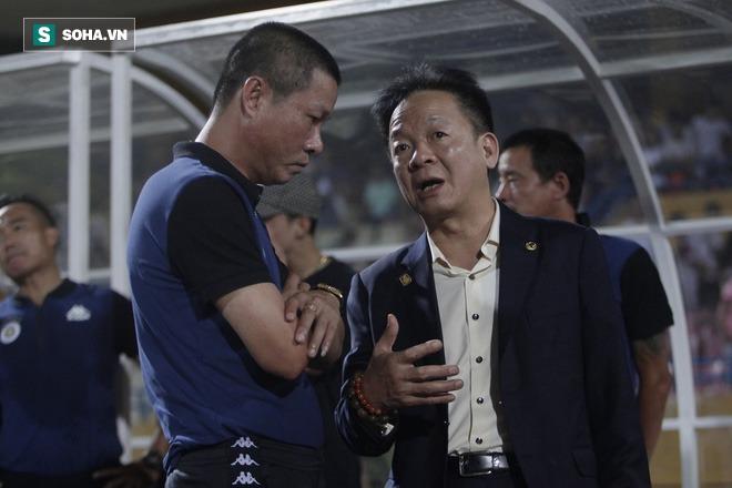 Cha con bầu Hiển gặp riêng BHL Hà Nội FC và trưởng ban trọng tài sau trận hòa tiếc nuối - Ảnh 7.