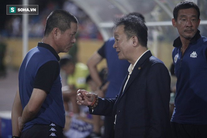 Cha con bầu Hiển gặp riêng BHL Hà Nội FC và trưởng ban trọng tài sau trận hòa tiếc nuối - Ảnh 6.