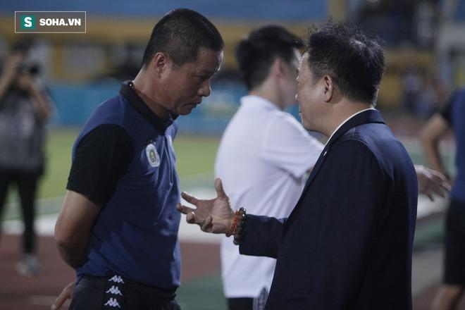 Cha con bầu Hiển gặp riêng BHL Hà Nội FC và trưởng ban trọng tài sau trận hòa tiếc nuối - Ảnh 8.