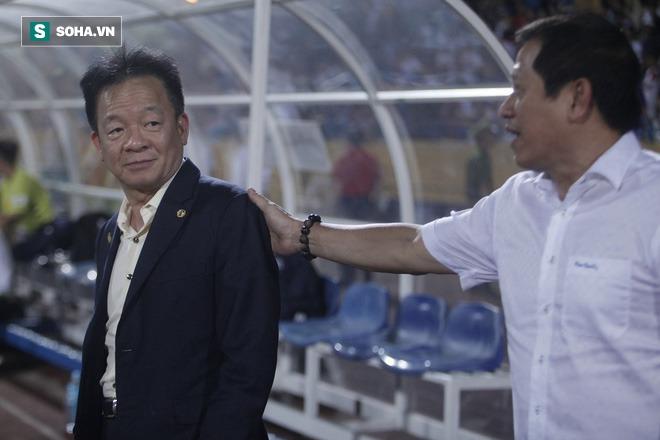 Cha con bầu Hiển gặp riêng BHL Hà Nội FC và trưởng ban trọng tài sau trận hòa tiếc nuối - Ảnh 5.
