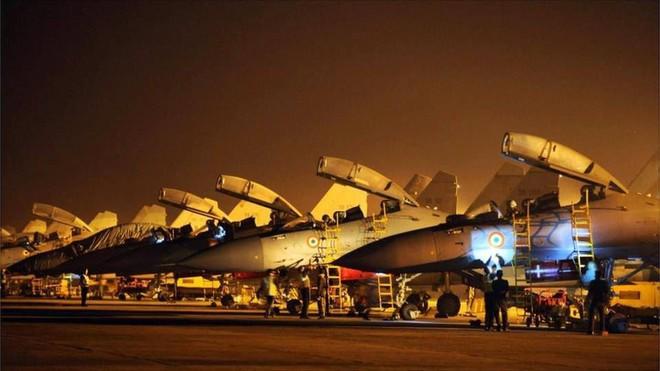 Không quân Ấn Độ báo cáo hỏa tốc: Cần xử gấp để đối phó với Trung Quốc - Căng thẳng tột độ - Ảnh 1.