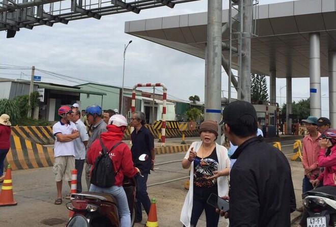 Đắk Lắk: Vì sao dân vây trạm BOT đường nối Khánh Hoà - Buôn Ma Thuột? - Ảnh 1.