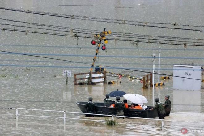 Trung Quốc: Mưa lớn không dứt, lũ lụt dồn dập, người chết gia tăng - ảnh 4