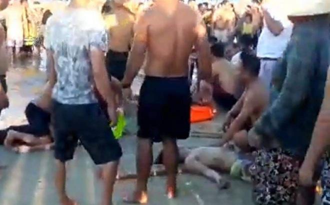 Tắm biển ngày rằm, ba thanh thiếu niên tử vong do đuối nước