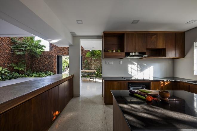 Căn nhà có những bức tường thở tại Biên Hòa nhìn thôi cũng đủ bị mê hoặc - Ảnh 8.