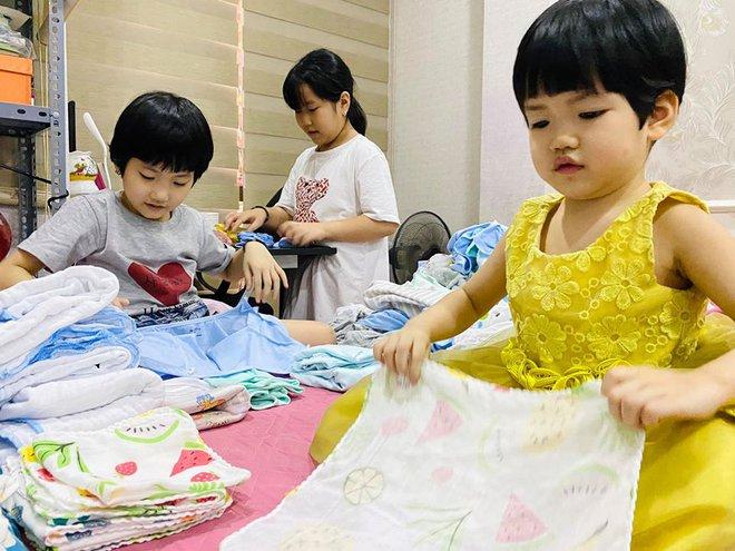 Vượng Râu: 5 con thiệt thòi vì không được học trường quốc tế, đi ăn nhà hàng sang trọng - Ảnh 2.