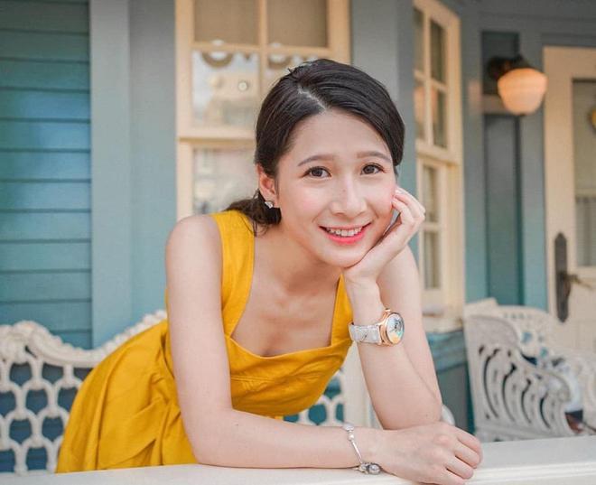 Con gái tỷ phú Hong Kong - 26 tuổi, cao 1m57 gây xôn xao khi tham gia thi hoa hậu - Ảnh 2.